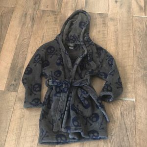Gapkids fleece pirate robe. Exc condition